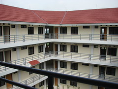 dari lantai 3 ke pojok barat selatan (Mahmud_imrona) Tags: 90 baru asrama selesai