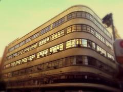 Edificio Retro en Paseo Ahumada. (pablo.diaz) Tags: chile city santiago building site downtown ciudad paisaje santiagodechile stgo pablodiaz
