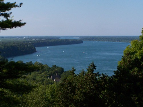 The Niagara River heading to Lake Ontario
