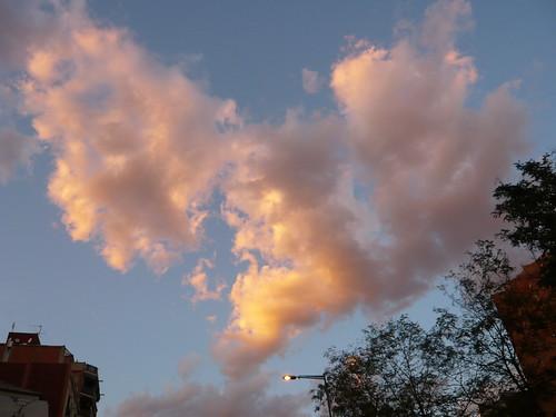 El cielo se llena de corazones I