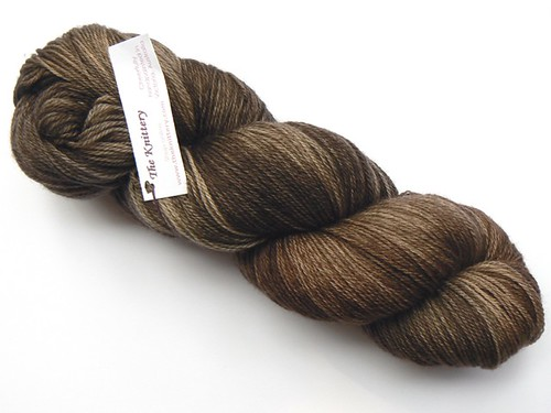 The Knittery merino sock chocolate