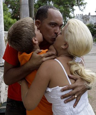 Cuba_Jailed_Activist.embedded.prod_affiliate.84