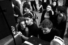 GenovaTek_007 (AleReportage) Tags: party people bw music canon dance free bn genova illegal rave festa tek tekno freeparty 400d