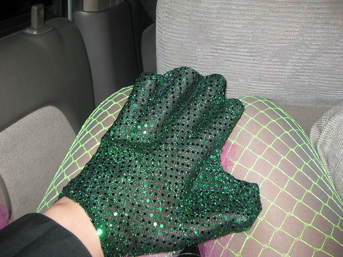 Old Gregg webbed hand glove