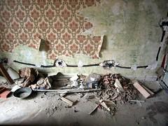 Escombros - by mberasategi