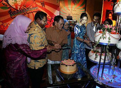 Siti Datuk K