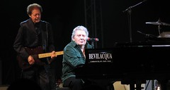 Jamboree07_jerry lee lewis the killer (lorenzo rockito priori) Tags: summer legend senigallia rockandroll jerryleelewis thekiller rockito jamboreefestival2007 canonpowershoot710is lorenzorockitopriori httpwwwfacebookcomlorenzorockito