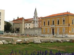 Римскиот форум и Бенедиктинската капела во стариот дел од Задар