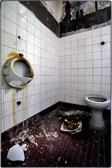 ... a so unlucky toilet