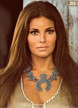 raquel-welch-1973-1, squash blossom necklace