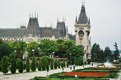 Palace of Cultur and the gardens around, Iasi -Romania (liormania) Tags: old city building green history gardens style palace romania neogothic oldcity iasi moldova roumanie moldavia moldava bakalu mbakalu