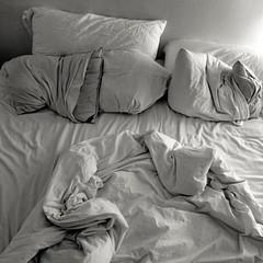 un-made bed ( patric shaw) Tags: bw bed sleep  5d insomnia shaw 2007 patric patricshaw habitualsleeplessness patricshaw2007