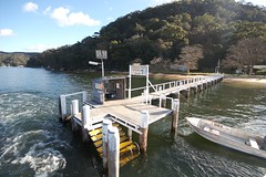 Currawong beach cottages (yewenyi) Tags: beach water private pier boat warf australia stop nsw newsouthwales aus currawong pittwater oceania tinnie currawongbeachcottages