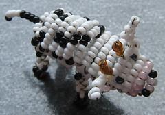 Vaca. (naiarais) Tags: animal handmade vaca artesania manualidades abalorios hechoamano bolitas hechopornaiara animalesdebolitas animalesdegranja
