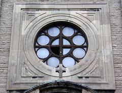 rosace encadre, glise Saint-Marc (myrique baumier) Tags: church montral rosemont rosace glise saintmarc mtlguessed gwim glisesaintmarc