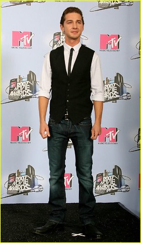 shia labeouf 2011 mtv movie awards. Shia-LaBeouf-mtv-movie-awards