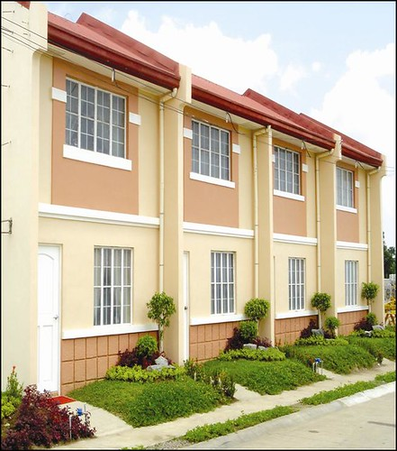 Townhouses at Marilao Grand Villas