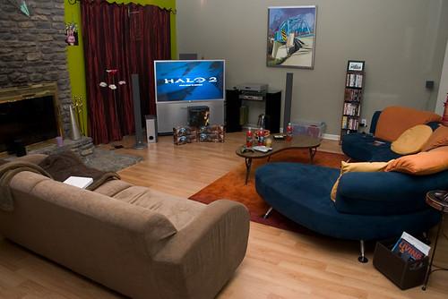 Halo living room