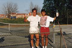 Lasse och Stefan 1992-06-10 (Michael Erhardsson) Tags: juni lars stefan tennis ericson 1992 sommar vinnare boman ötk grusbana backahallen seriematch