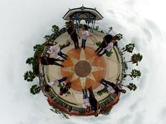 L'œil du six clones (gadl) Tags: panorama saintmartin waterfront tripod gimp projection tiana rosace 360° marigot stereographic hugin enblend guno frontdemer mathmap stereographicprojection 303sph