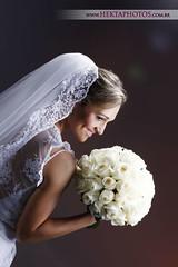 Mayana e Vitor (Hektaphotos - www.hektaphotos.com.br) Tags: wedding brazil brasil photography groom bride shot mark fine ii junior 5d casamento leonardo metz helio goiania goias 2470 strobist hektaphotos