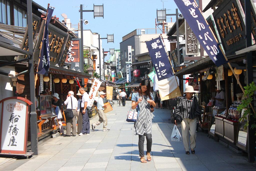"Walking ""Shibamata"" the Town of Tora-san (4)"