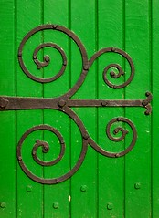 Church Door (Little Egret) Tags: door hinge colour green church contrast kent nikon vibrant coolpix ironwork bold faversham 4300