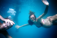 oh hello (Pliketi Plok) Tags: friends sea beach water fun lomo underwater frogeye makarska