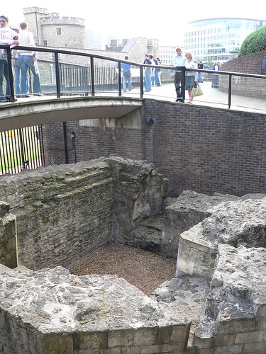 5. Wall remains north of the Tower of London