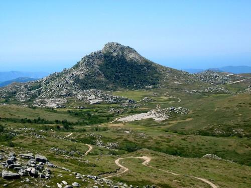 Le Castellu d'Ornucciu et le plateau du Cuscione