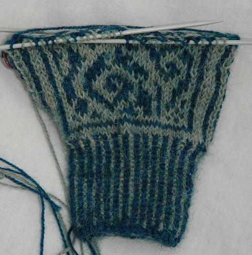 Inca Knitting Patterns : Incas knit blog: Mit in progress