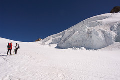 La strada tra i ghiacci (Signalkuppe 4:3) Tags: climbing monterosa alpinismo alpinism salati gnifetti schwarzhorn indren signalkuppe lyskamm piramidevincent cornonero ludwigshohe