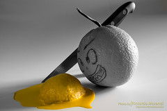 C'era una volta il Giallo... (Riccardo Morandi) Tags: orange lemon kill giallo limone thriller arancia canoneos450d