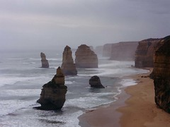 The Twelve Apostles (Vineyards) Tags: ocean sea nature fog canon highway natuur australia victoria greatoceanroad 12apostles downunder australie oceaan thetwelveapostles naturewatcher