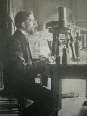 Pierre Curie, Piezo-Electroscope (rosefirerising) Tags: laboratory pierrecurie piezoelectroscope