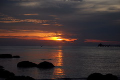 The sun set at 7pm (ek'nmy) Tags: sunset nature nikon malaysia langkawi pulau mutiara d80 sigmaapodg