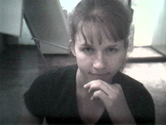courtney_eyebrows2 (lilbuttz) Tags: italy florence webcam courtney firenze internetcafe internettrain accentflorencespring2002