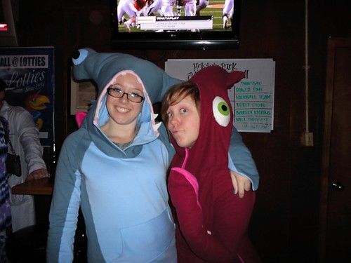 Sharky and Squiddy go to the bar