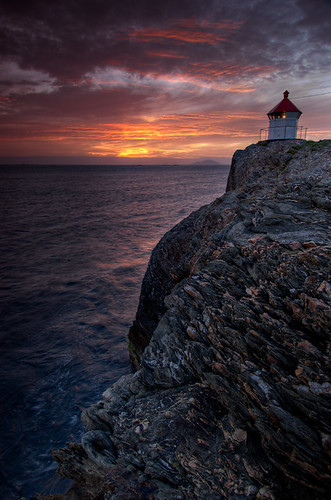 Stavenes Lighthouse Late Sunset