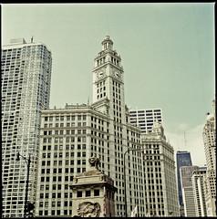 Chicago-115 (T. Scott Carlisle) Tags: chicago film hasselblad tsc lr3 50mm40 june2009 tphotographiccom tscottcarlisle
