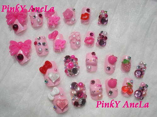 cute hello kitty nail designs. ★Barbie and Hello Kitty Deco