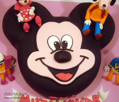 Oya'nın Mickey Mouse ve Arkadaşları Pastası / Mickey Mouse and Friends Cake