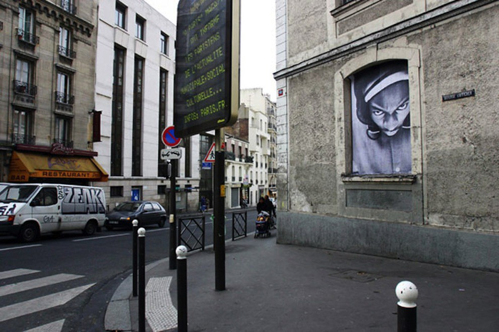 5127018521 af3d397c66 b Artist JR   Street art raising questions across the world [24 Pics]