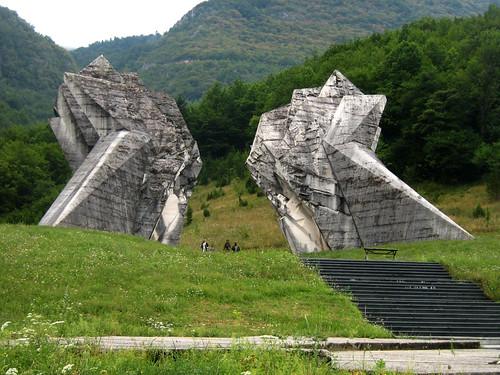 Tjentiste - spomenik bitki na Sutjesci