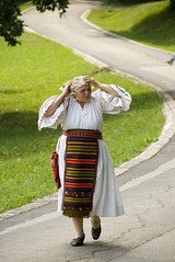 Sibiu - Dumbrava #49 (Adrian_I) Tags: old people traditional age romania traditionalclothing nikond80 zoomnikkor18200mmvr