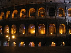 Coloseo at night