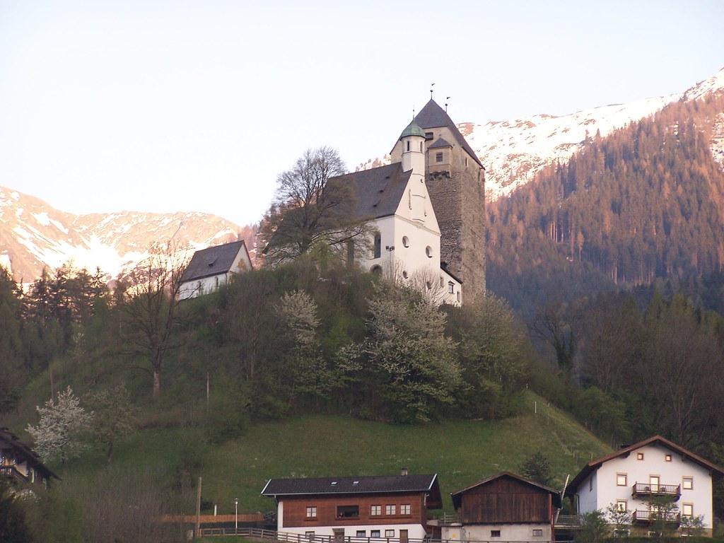 Schloss Freundsberg