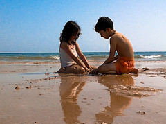 5 (hesam_edin) Tags: sea beach kids children iran persiangulf qeshm