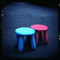(19/77) Tags: slr film flickr malaysia stool 1977 negativescan kiev88 mediumfromat kodakektacolorpro160 autaut canoscan8800f arsat80mmf28 myasin