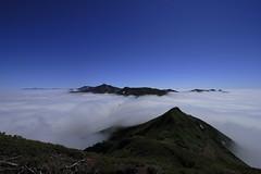 雲海に浮かぶ十勝連峰